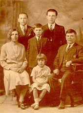The Yuzyk family in Saskatoon -1931