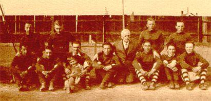 Paul Yuzyk's first school (Langley) near Hafford, Saskatchewan.1934